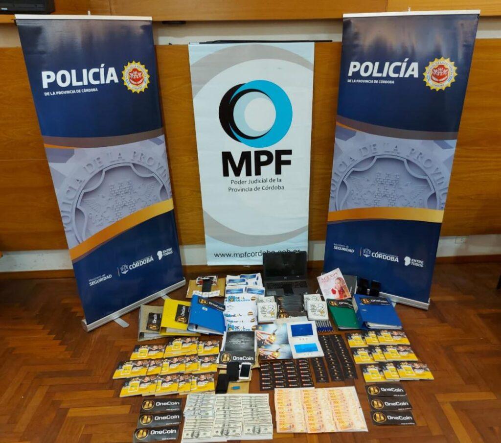 rzeczy skonfiskowane argentyńskim promotorom onecoin