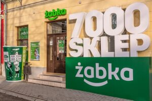 7000 sklepów żabka